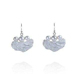 OCEAN BED earrines, silver, pearls